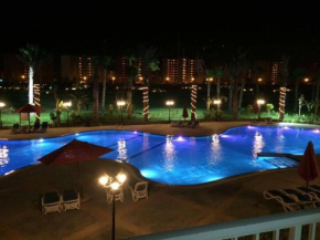 Pool View Apartment in Golf Porto Marina